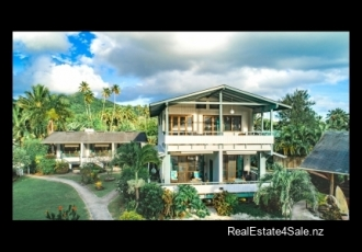 3-Star Self-Catering Beachfront Resort, Rarotonga, Cook Islands